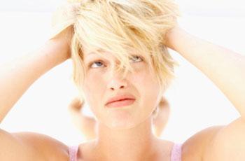 Wie Man Gelbstich Von Haaren Ursachen Hausmitteln Und Rezepten